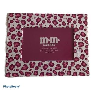NWT M&M's World leopard picture frame collectible